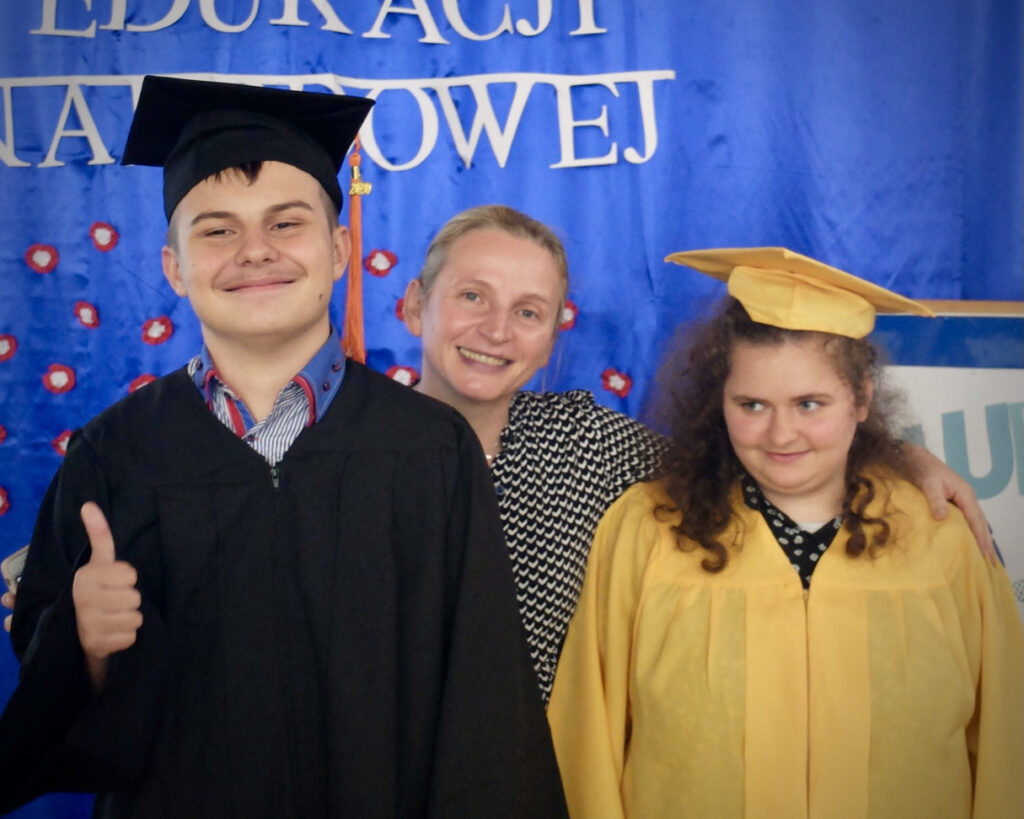 Mateusz, Natalia i pani Justyna Popieko